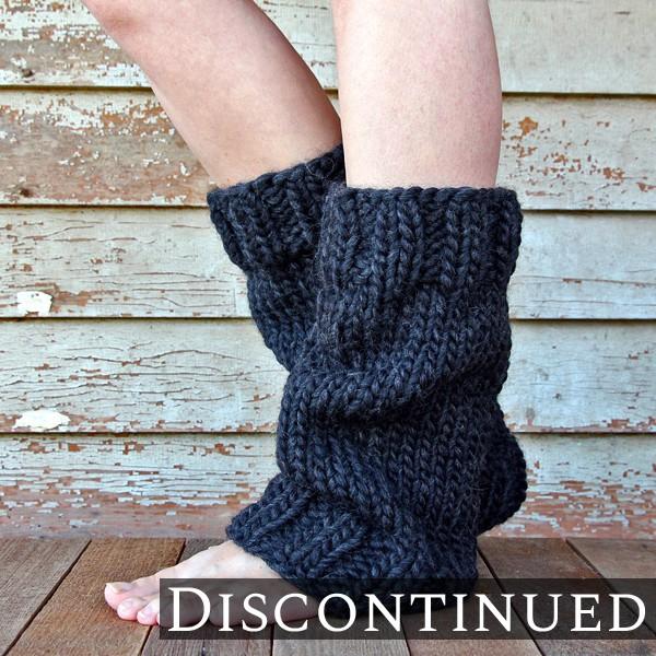 model wearing knit leg warmers