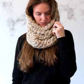 DIGNITY : Cowl Knitting Pattern