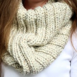 DARING - Women's Cowl Knitting Pattern