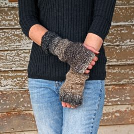 iBELIEVE Fingerless Gloves Knitting Pattern