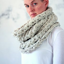 MAGNANIMITY - Women's Cowl Knitting Pattern
