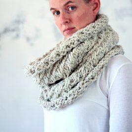 MAGNANIMITY - Women's Cowl Knitting Pattern