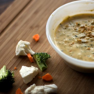 Creamy Cheesy Cauliflower, Carrot & Broccoli Soup