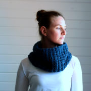 SILENCE: Cowl Knitting Pattern
