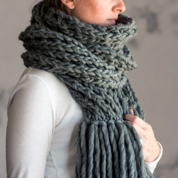 Knitting Patterns For Women : IN AWE : Women s Scarf Knitting Pattern   Brome Fields