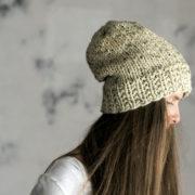 ONENESS : Women's Slouchy Hat Knitting Pattern