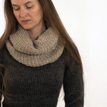 #205 BEAUTY : Women's Cowl Knitting Pattern