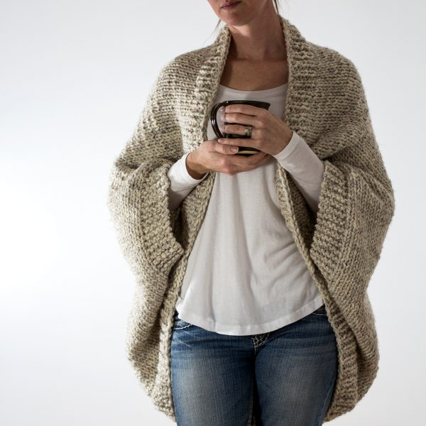 model wearing knitted scoop