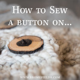 Video : How to Sew a Button on a Knitted Cowl