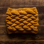 FREE Cowl Knitting Pattern : Cable Knit Cowl : Basket Cable Knit Stitch : Brome Fields