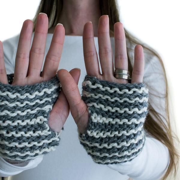 CURIOUSER : Fingerless Gloves Knitting Pattern - Brome Fields