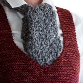 FREE Short Scarf Knitting Pattern