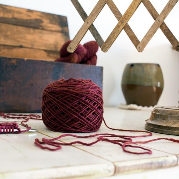 yarn and yarn swift