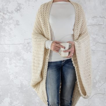 Scoop Shrug Knitting Pattern : LOVELINESS : Brome Fields