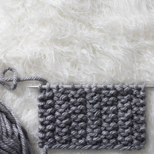 2 Stitch Rib Knit Stitch : Day 18 of the 21 Days of Beginner Knit Stitches : Brome Fields : #21daysofbeginnerknitstitches
