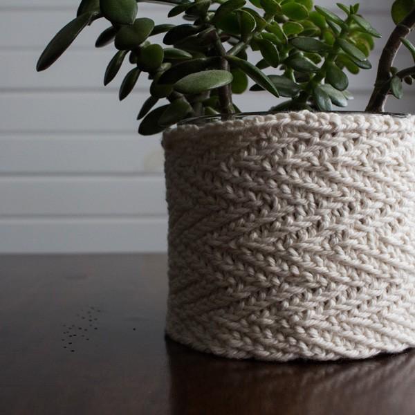 Herringbone Plant Pot Knitting Pattern