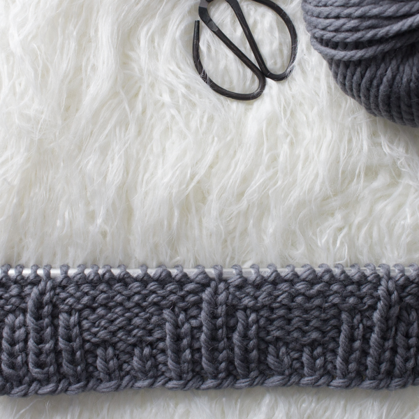 Ribbed Stripes Knit Stitch : Day 7 of the 21 Days of Beginner Knit Stitches : Brome Fields : #21daysofbeginnerknitstitches
