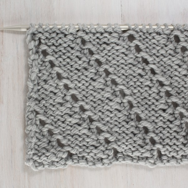 Up-close Photo of the Back Side of the Diagonal Lace Knit Stitch