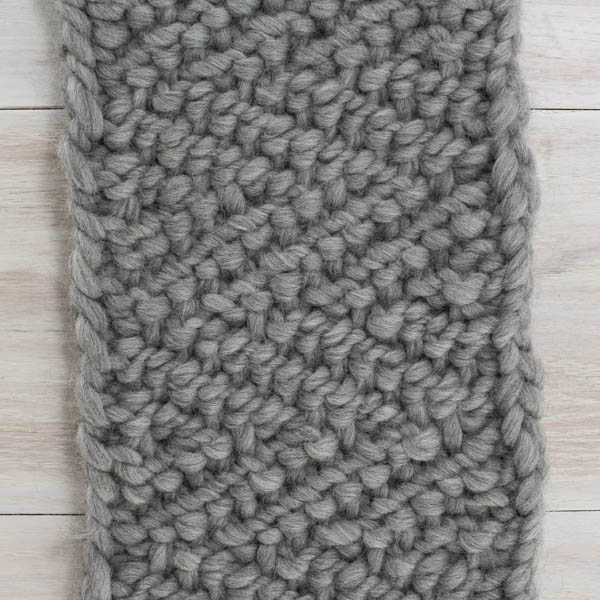 Pic of the back of a super bulky hand knit scarf